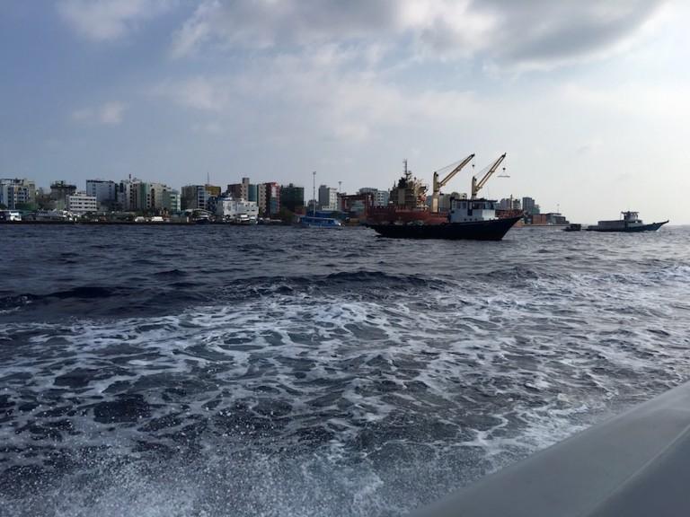 Malè vom Boot aus