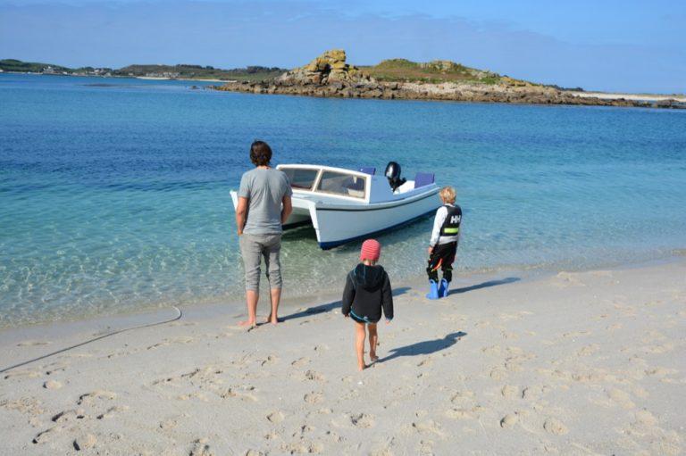 Am Strand der unbewohnten Insel Samson