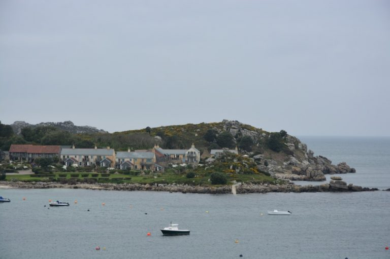 Blick vom Steg auf die Sea Garden Cottages