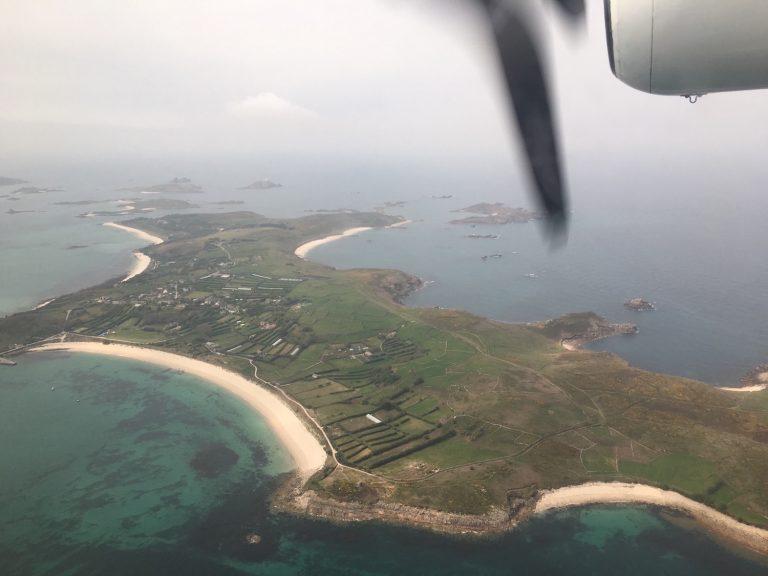 Anflug auf die Scilly Islands, blick aus dem Skybus