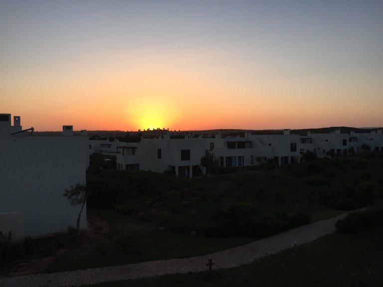 Sonnenuntergang vom Schlafzimmer unseres Garden Houses's