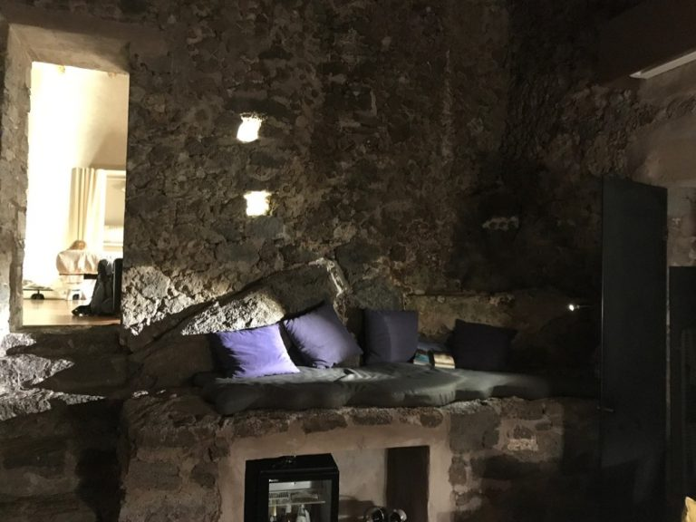 Monaci delle Terre Nere: Wohnzimmer